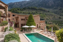 Sa Tanquta, Mallorca - Between Beds